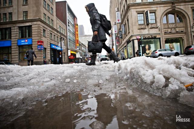 La situation s'améliorait vendredi matin dans la région... (PHOTO PATRICK SANFAÇON, ARCHIVES LA PRESSE)
