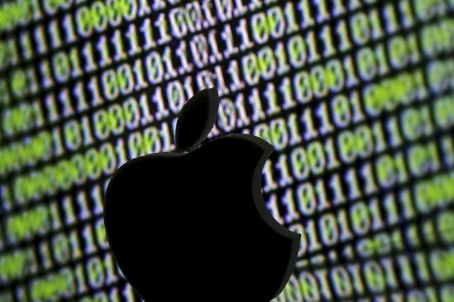 Apple avait refusé de décrypter l'iPhone d'un des... (PHOTO DADO RUVIC, ARCHIVES REUTERS)