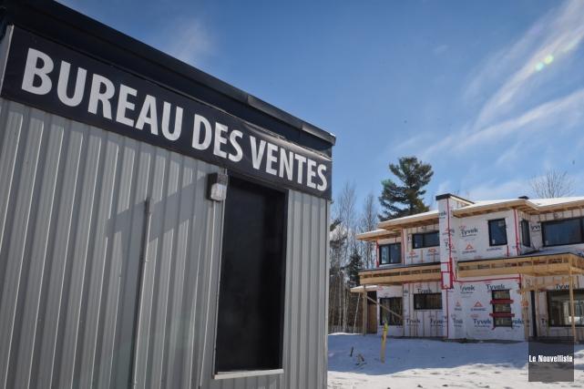 La construction a déjà débuté du côté du... (François Gervais, Le Nouvelliste)