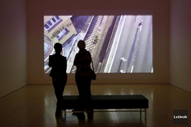 L'exposition présente quelques oeuvres représentatives de chaque artiste.... (Simon Séguin-Bertrand, LeDroit)