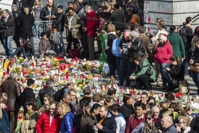 Une «marche contre la peur» devait s'élancer dimanche... (Photo Geert Vanden Wijngaert, AP)