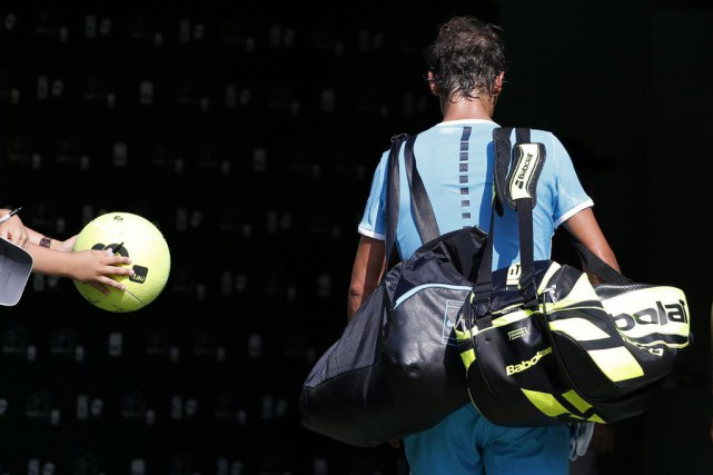 L'ancien N.1 mondial Rafael Nadal a abandonné face au Bosnien Damir Dzumhur au... (Photo USA Today Sports)