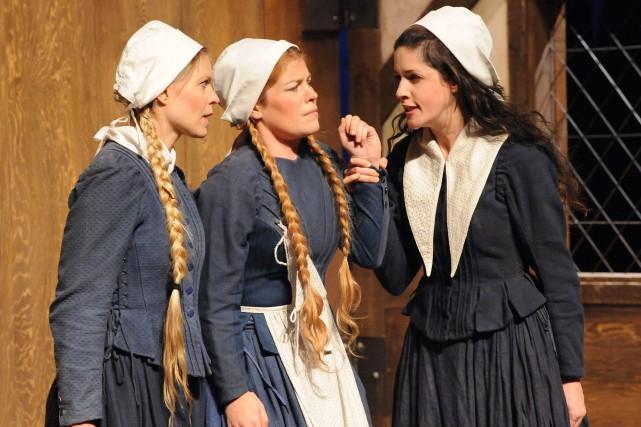 Dans Les Sorcières de Salem, Élizabeth Duperré campe... (Photo courtoisie)
