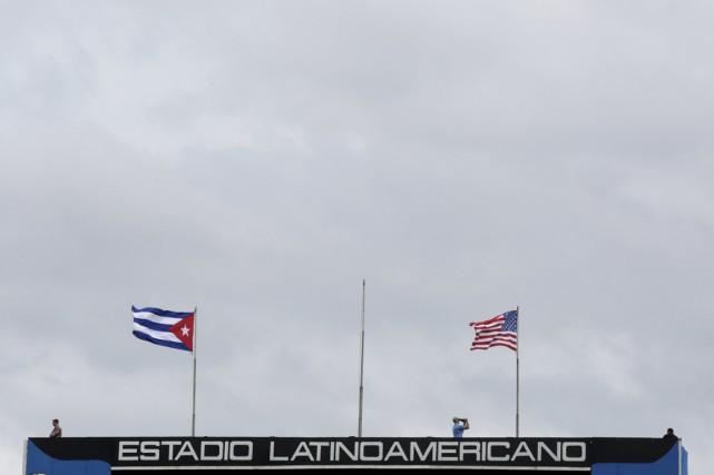 Un partisan en colère concernant le récent voyage à Cuba des Rays de Tampa Bay... (Photo Reuters)