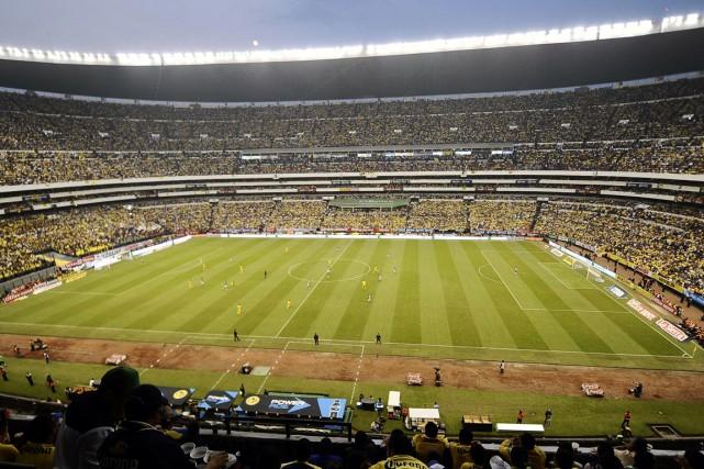 La capacité du stade Aztecaest de 95000personnes, même... (PHOTO OMAR TORRES, ARCHIVES AFP)