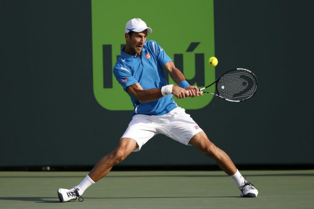 Le N.1 mondial et double tenant du titre Novak Djokovic s'est facilement... (Photo USA Today Sports)
