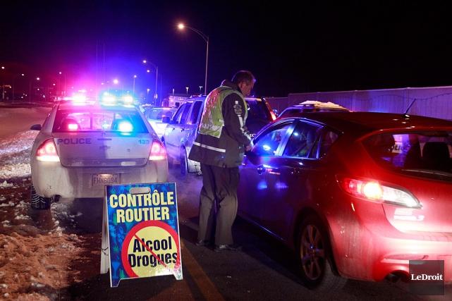 L'alcool au volant est derrière 91% des infractions... (PHOTO PATRICK WOODBURY, archives LeDroit)