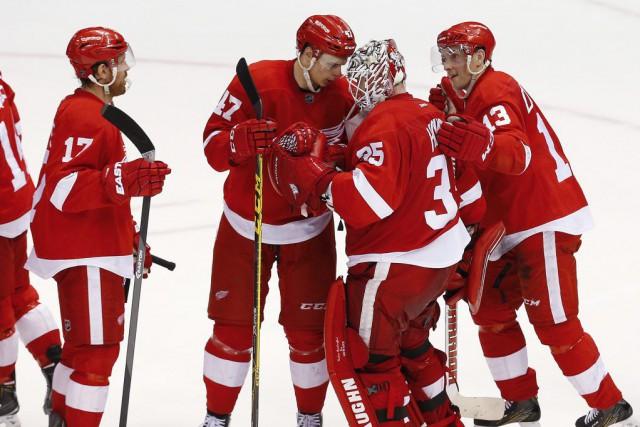 Les Red Wings de Detroit ont réussi les trois premiers buts du match contre... (PHOTO AP)