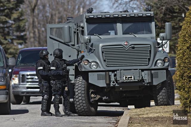 Le Groupe tactique d'intervention et d'autres unités policières... (PATRICK SANFAÇON, LA PRESSE)