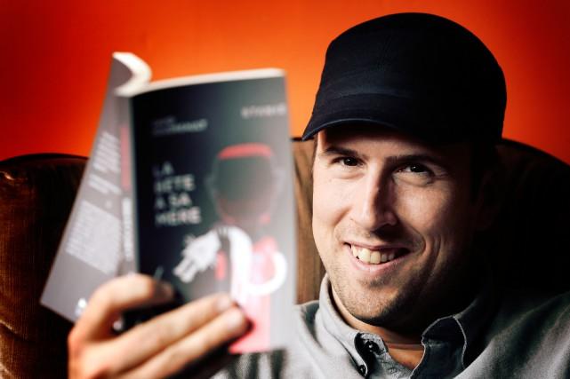 David Goudreault a remporté le Grand Prix littéraire... (PHOTO BERNARD BRAULT, LA PRESSE)