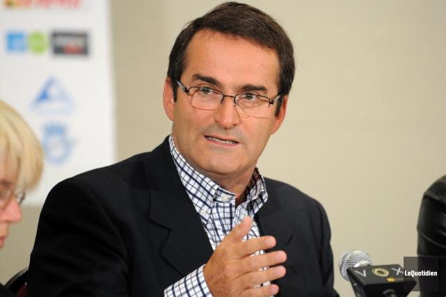 L'ex politicien et chroniqueur Jean Lapierre est mort... (PHOTO FRANÇOIS SAINT-GELAIS, ARCHIVES LE QUOTIDIEN)