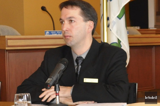 Deux personnes tenteront de succéder au maire démissionnaire... (Photothèque Le Soleil)