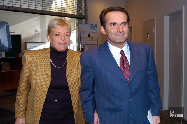 Jean Lapierre, sa conjointe Nicole Beaulieu, sa soeur... (PHOTO ROBERT MAILLOUX, ARCHIVES LA PRESSE)