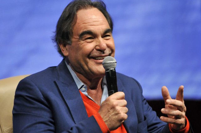 Oliver Stone... (PHOTO ARCHIVES AP)