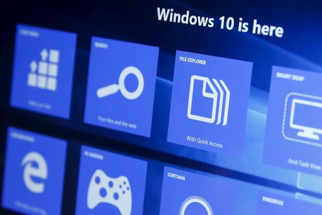 Windows 10 a été lancé l'été dernier pour... (PHOTO SHANNON STAPLETON, ARCHIVES REUTERS)