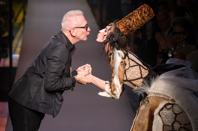 Jean Paul Gaultier lors de la présentation de... (PHOTO ARCHIVES AP)