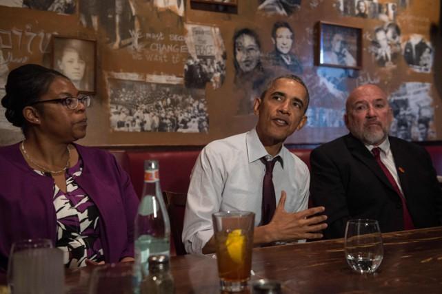 Barack Obama a rencontré d'anciens détenus dans un... (PHOTO AFP)