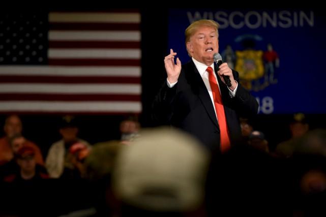 Donald Trump faisait campagne mercredi dans la ville... (PHOTO REUTERS)
