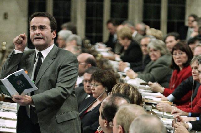 Jean Lapierre en 2005, alors qu'il était ministre... (Tom Hanson, Archives PC)