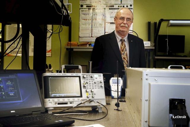 Le professeur Wojtek Bock, du département d'informatique et... (Simon Séguin-Bertrand, LeDroit)