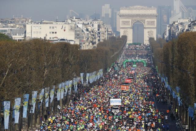 Près de 50 000 participants sont attendus dimanche... (Archives AFP, Thomas Samson)