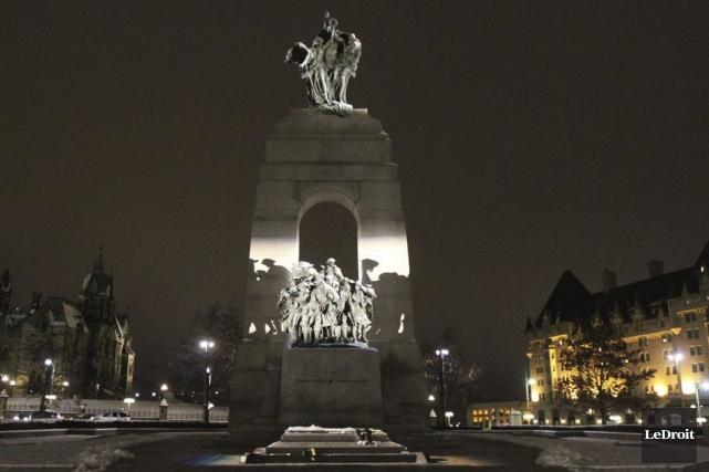 Le Monument commémoratif de guerre... (Etienne Ranger, archives LeDroit)