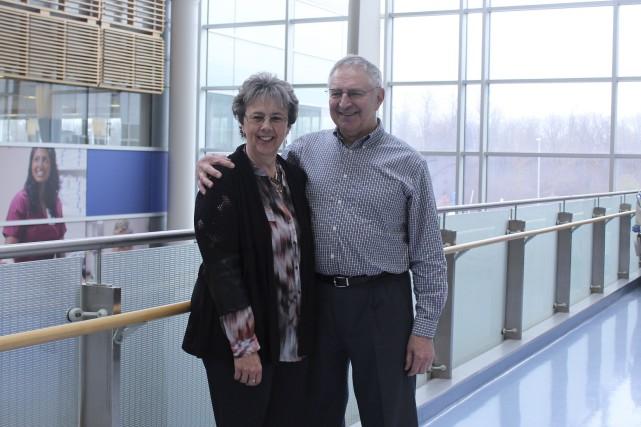 Maureen Berniqué en compagnie de son conjoint Charles... (Courtoisie)