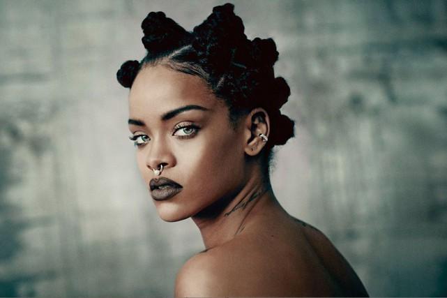 Si, à ses débuts, Rihanna souhaitait vivement signer... (Paolo Roversi)