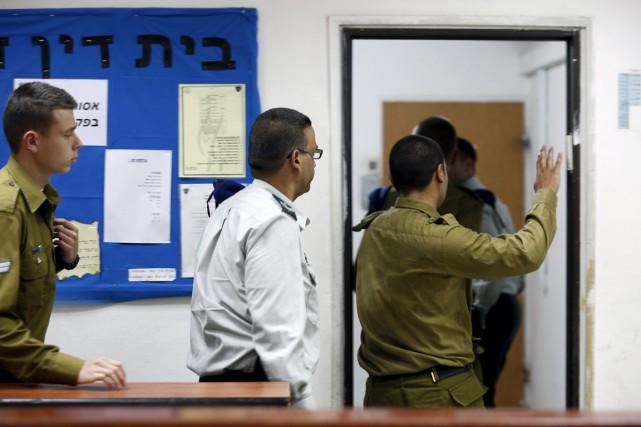 Le soldat israélien accusé d'avoir exécuté un présumé... (PHOTO AMIR COHEN, REUTERS)