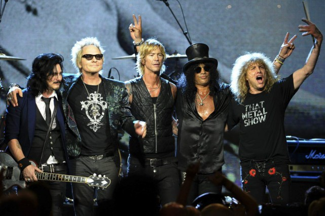 Gilbert Clarke, Matt Sorum, Duff McKagan, Slash et... (PHOTO ARCHIVES AFP)