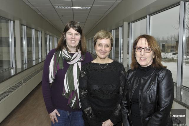 Les professeures Catherine Duquette, Christine Couture et Diane... (Photo Le Quotidien, Rocket Lavoie)