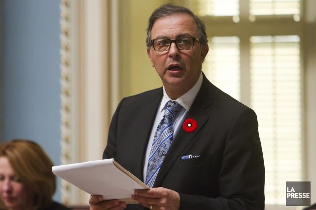 Sam Hamad est en politique depuis trop longtemps... (Archives La Presse Canadienne)