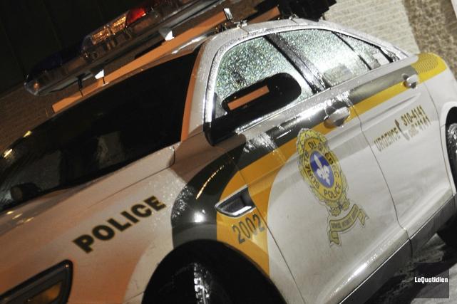 Un homme sous l'effet de l'alcool, qui était au volant de son véhicule, est... (Photo Rocket Lavoie, Archives Le Quotidien)