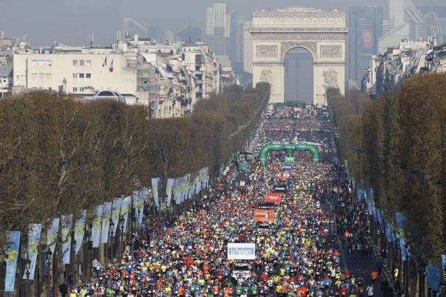 Chaque année, près de 10 000 inscrits renoncent... (Archives AFP, Thomas Samson)