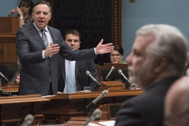 François Legault et Philippe Couillard.... (PHOTO JACQUES BOISSINOT, ARCHIVES LA PRESSE CANADIENNE)