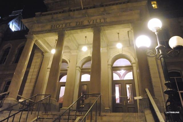 Les contributions illégales sont liées au Renouveau sherbrookois,... (Archives, La Tribune)