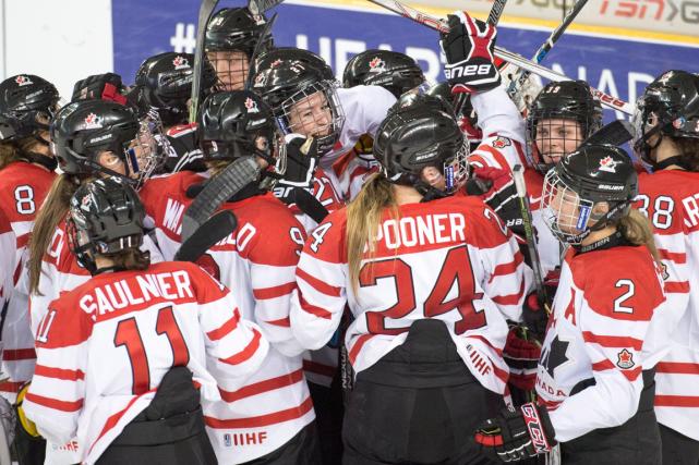 Les Canadiennes ont défait les Finlandaises 5-3 en... (Photo Ryan Remiorz, PC)