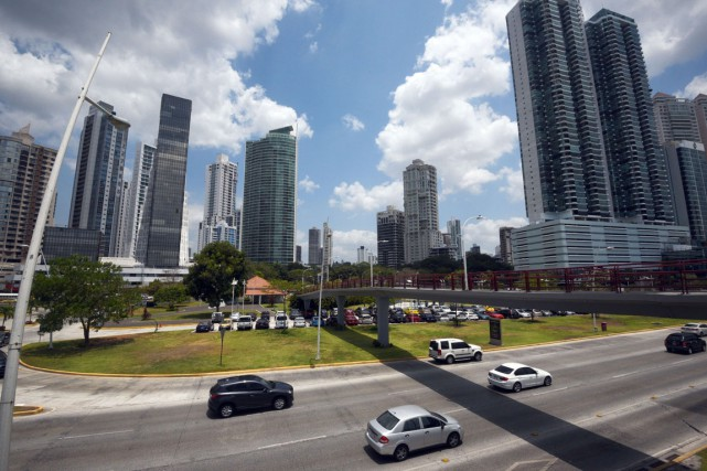 Vue des édifices de Panama City.... (PHOTO AFP)