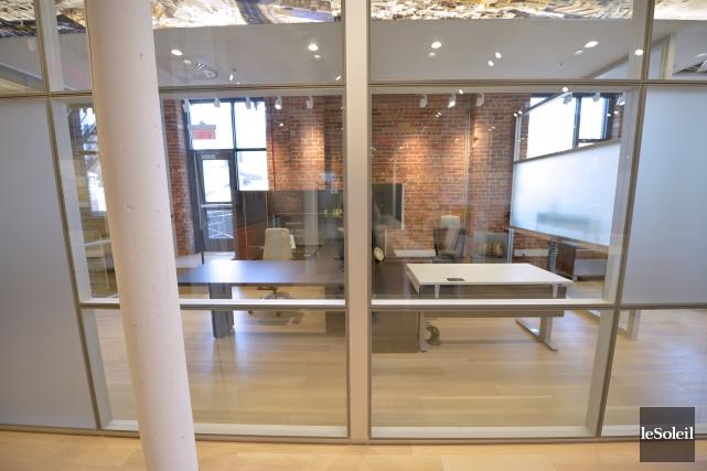 Les divisions physiques entre les bureaux disparaissent chez... (Le Soleil, Yan Doublet)