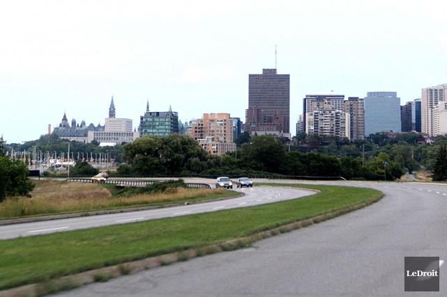La promenade Sir-John-A.-Macdonald... (Etienne Ranger, Archives LeDroit)