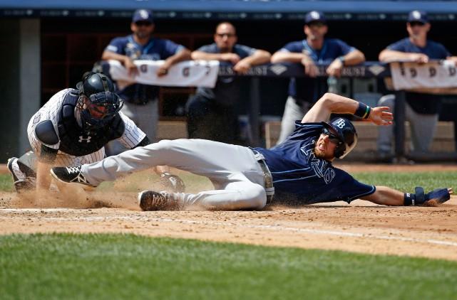 Deux matchs de baseball majeur ont été reportés... (archives Associated Press)