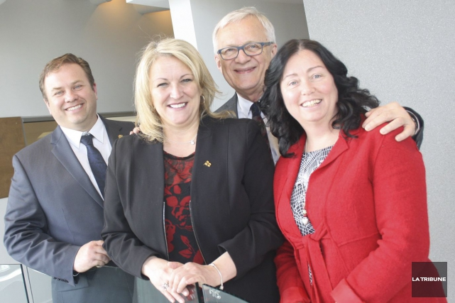 La vice-première ministre du Québec, Lise Thériault, est... (La Tribune, Jean-François Gagnon)