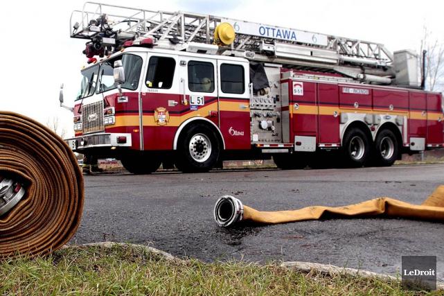 Les pompiers d'Ottawa ont été dépêchés dans lequartier... (Etienne Ranger, archives LeDroit)
