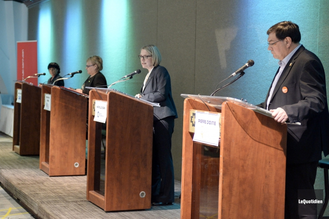 Hélène Girard (CAQ), Francyne T. Gobeil (PLQ), Mireille... (Photo Le Quotidien, Jeannot Lévesque)