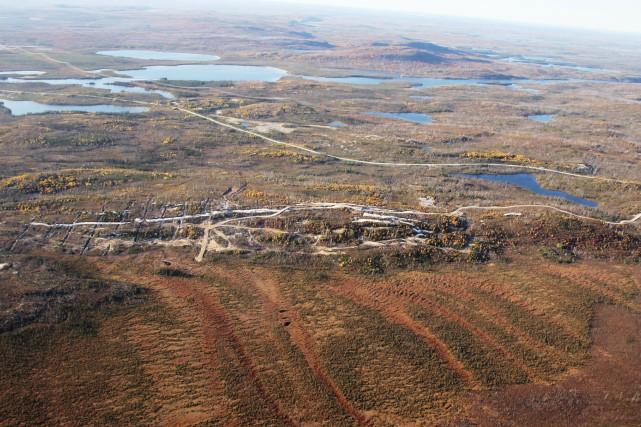 Vue aérienne du site Whabouchi où serait construit... (Photo fournie par Nemaska Lithium)