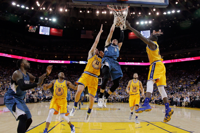 Les Warriors de Golden State ont subi leur... (Photo Marcio Jose Sanchez, AP)
