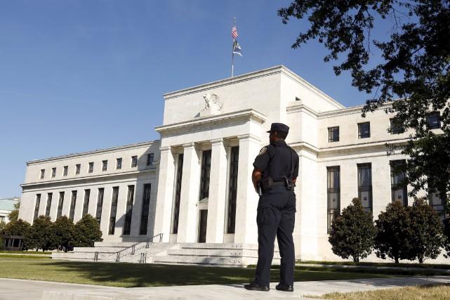 La banque centrale américaine (Fed) s'est divisée sur l'opportunité de relever... (PHOTO KEVIN LAMARQUE, ARCHIVES REUTERS)