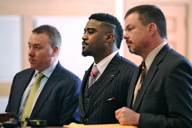 Troy Smith a été accusé de conduite en... (PHOTO AP)