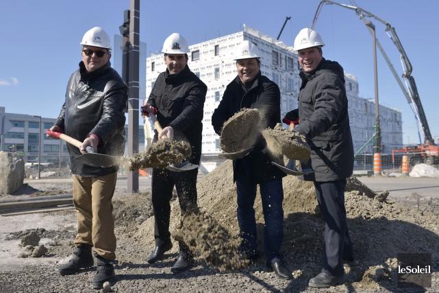 André Roy, chef architecte, Richard Lagacé, président de... (Le Soleil, Yan Doublet)