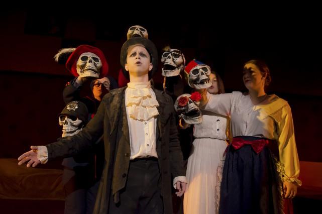 Sept étudiants du profil théâtre du programme d'arts... (Spectre Média, Jessica Garneau)